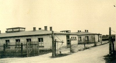Barrack of the SS camp direction – postwar photo by Hilda Lepetit